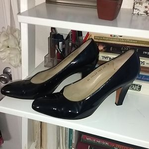 Salvatore Ferragamo black patent pumps 10